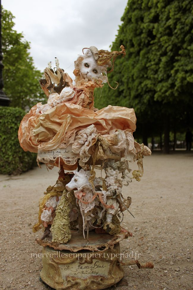 Carrousel-chatte-blanche2