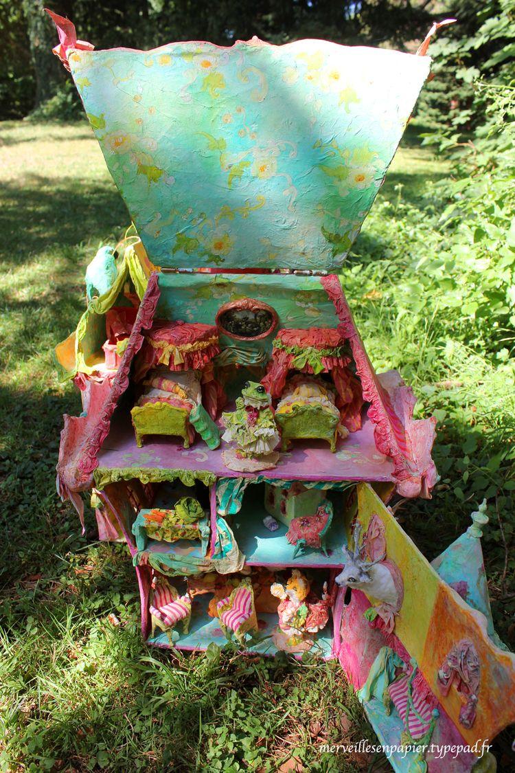 Maison-de-poupée-intérieur-1