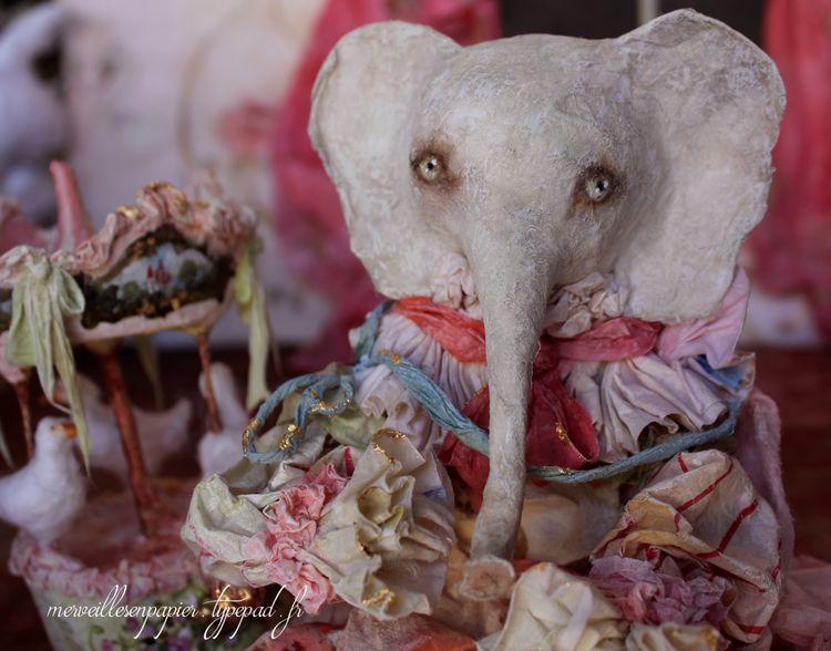 Elephant-et-son-manège-2