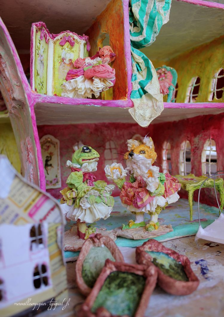 In-the-dollhouse-3